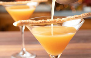 apple-pie-martini